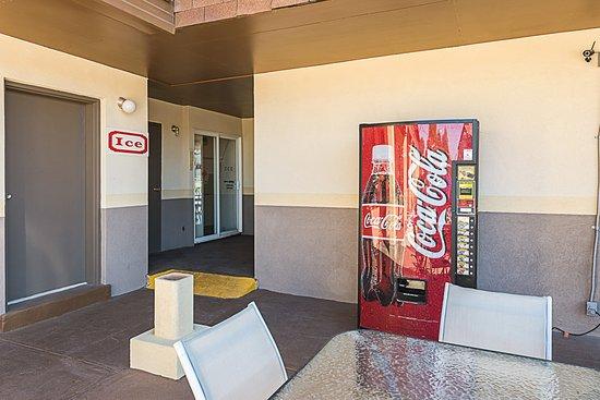 Beaver, UT: Vending Area