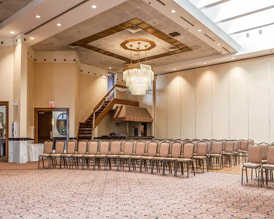 Orland Park, IL: Event space