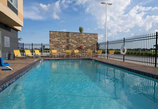 Houma, LA: Outdoor Pool