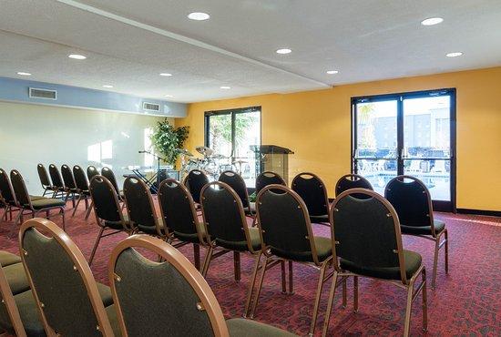 Phenix City, AL: Meeting Room