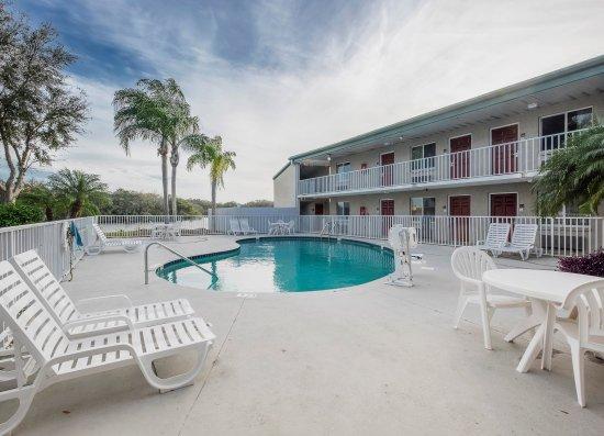 Ellenton, FL: Pool