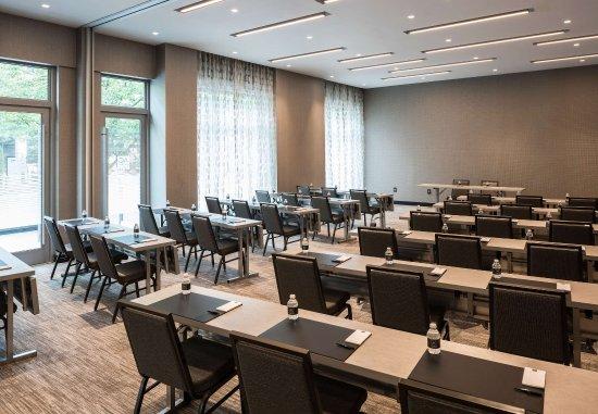 Medford, MA: AC Wellington Meeting Room - Classroom Setup