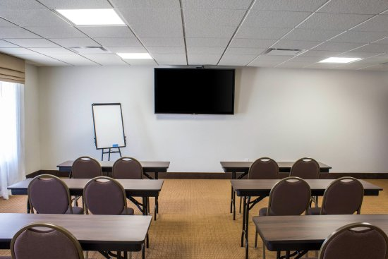 Fort Dodge, IA: Meeting room