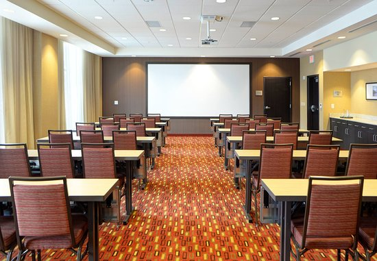 Muncie, IN: Meeting Room