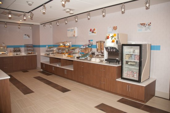 Decatur, AL: Breakfast Bar
