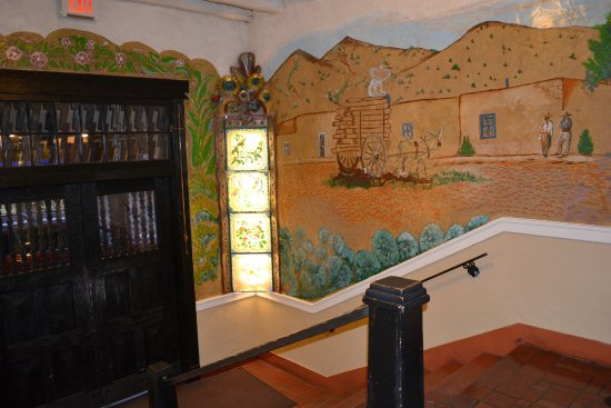 La Fonda on the Plaza: Entryway from street / wall mural