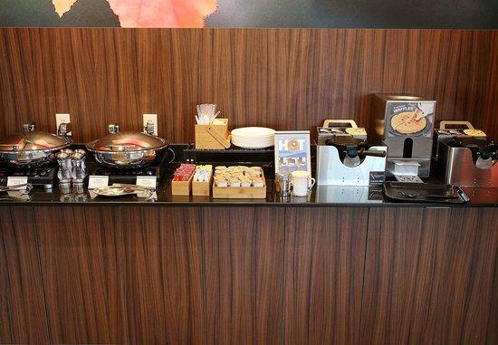 เวโรนา, วิสคอนซิน: Breakfast