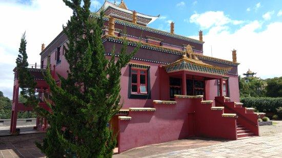Templo Budista Caminho Do Meio
