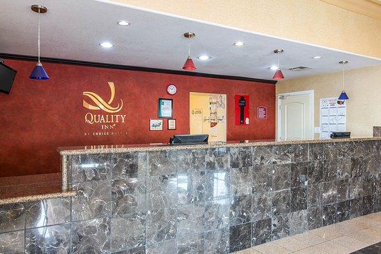 Quality Inn: CACLOBBY
