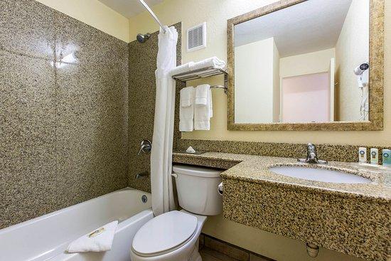 El Centro, Califórnia: Bathroom in guest room