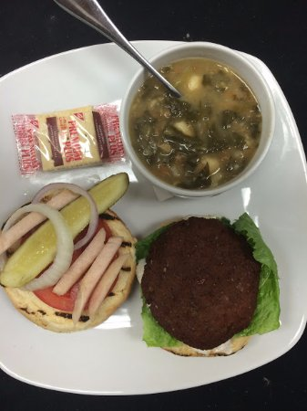 Leamington, Canada: Homemade Falafal burger with homemade lentil soup