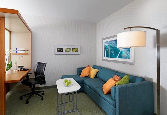 Somerset, NJ: Suite Living Area