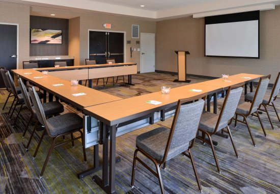 Saint Peters, MO: Lewis and Clark Meeting Room