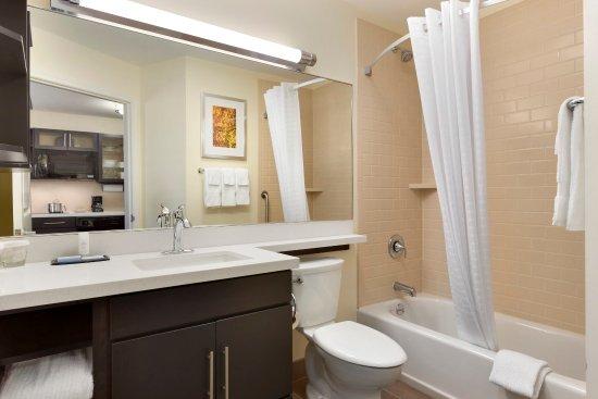 Vestal, Estado de Nueva York: Bathroom Amenities