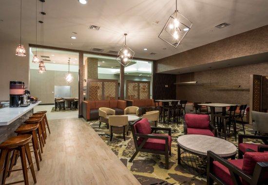 Denton, TX: Breakfast Dining Area