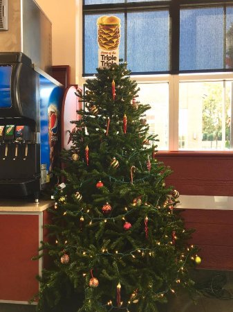 Matthews, NC: During the Holiday season, Wayback Burgers enjoys being festive with our Triple-Triple topper.