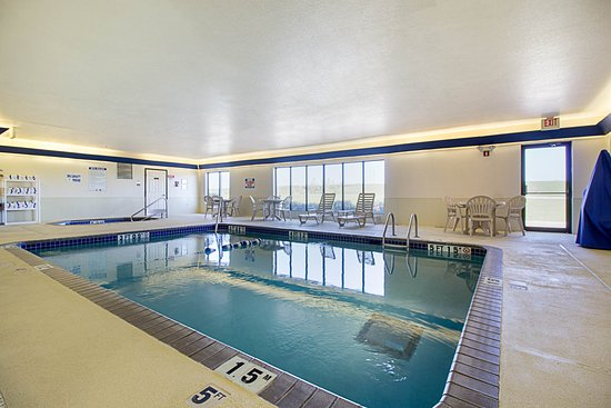 Fairmont, MN: Indoor Pool