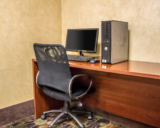 Rodeway Inn: Business center