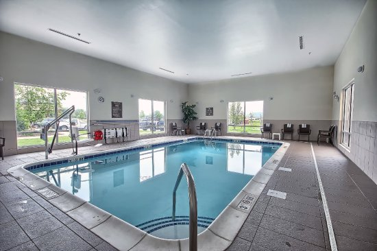 Salem, IL: Indoor Pool