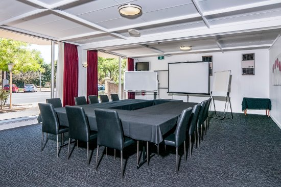 Meeting room picture of comfort inn regal park adelaide for 227 north terrace adelaide