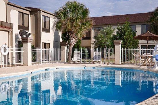 Albany, GA: Pool