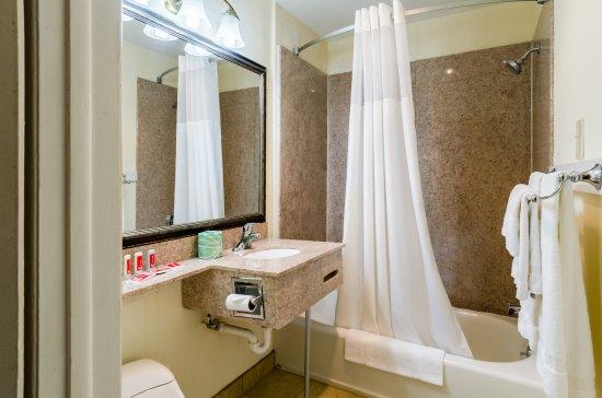 Πίτσφιλντ, Μασαχουσέτη: Bathroom