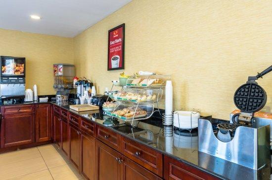 Pittsfield, MA: Breakfast