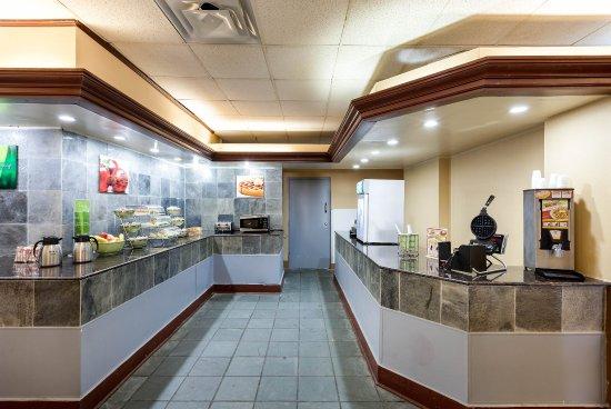 Duncanville, TX: Breakfast Area