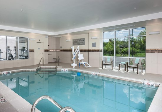 Littleton, แมสซาชูเซตส์: Swimming Pool