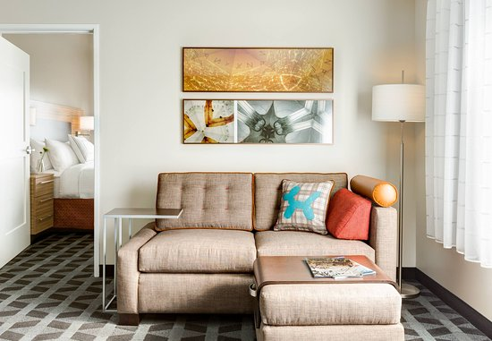 Foster City, Καλιφόρνια: One-Bedroom Suite Living Room