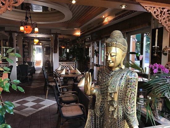 Hilterfingen, Swiss: Sehr schönes restaurant und super küche mireille schlatter