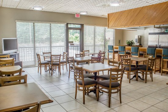 Sanford, Carolina del Norte: Breakfast area