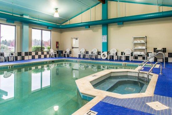Ebensburg, PA: Pool