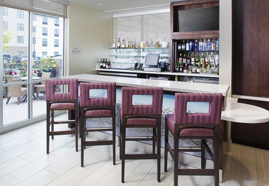 Carle Place, NY: Lobby Bar