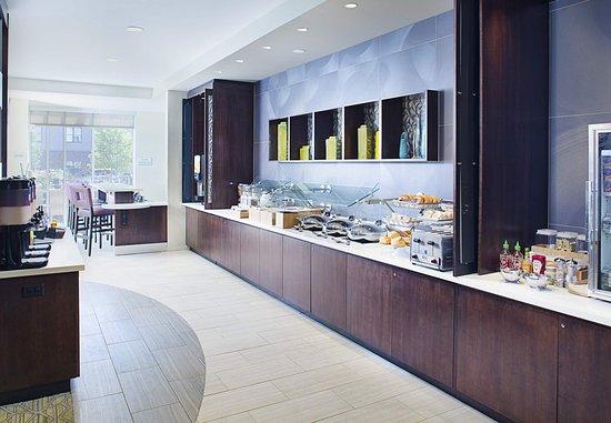 Carle Place, NY: Breakfast Buffet