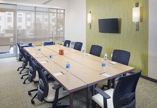 Carle Place, Nowy Jork: The Rose Boardroom