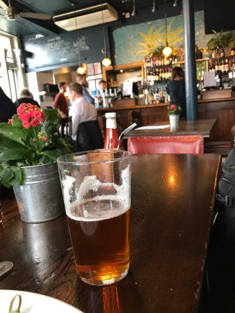 The Builders Arms Kensington: Tell the bartender what you're looking for. He will provide tastes until you find your soul mate
