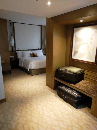 โรงแรมมีเลีย ภาพถ่าย