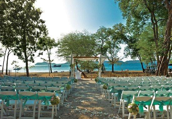 Playa Panama, Kostaryka: Wedding Beach Ceremony