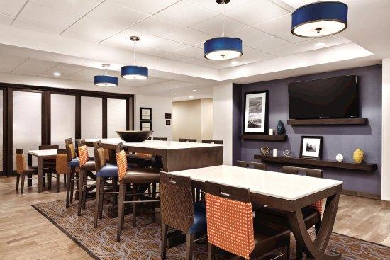 Turlock, Califórnia: Lobby seating