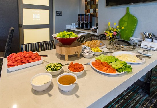 Malvern, PA: The Residence Inn Mix® - Food Offerings