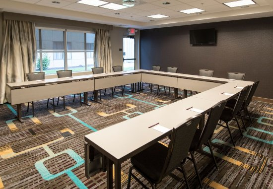 Malvern, PA: General Warren Meeting Room - U-Shape Setup