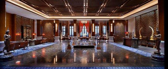 Jinghong, China: Lobby