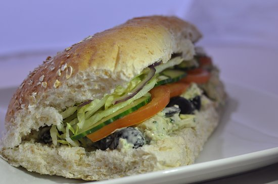 Bootle, UK: Pesto Chicken and black olive barm