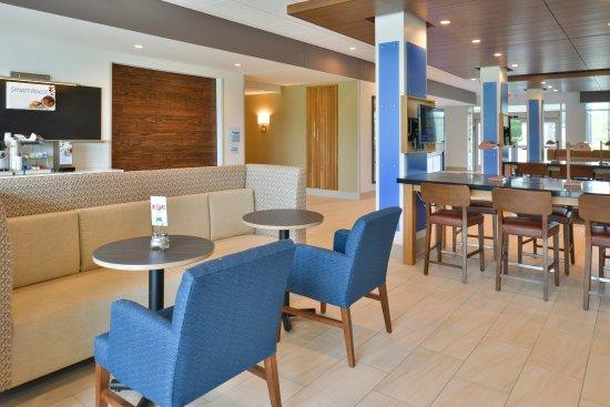 Carter Lake, IA: Hotel Lobby