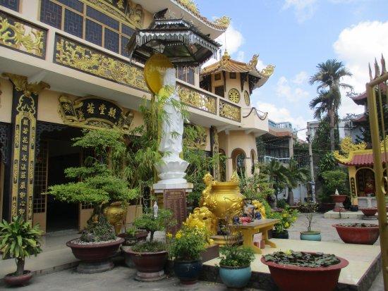 Thoi Long Co Tu Pagoda