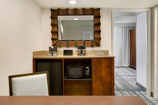 The Newly Renovated Two Room Suites Feature A Wet Bar In The Living