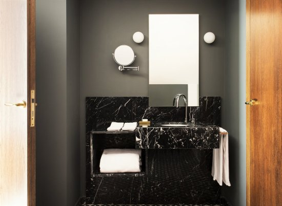 totem madrid deluxe atico bathroom hotel boutique barrio salamanca