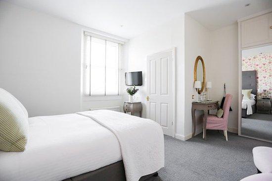 Villa at Henrietta Park: Better Bedroom