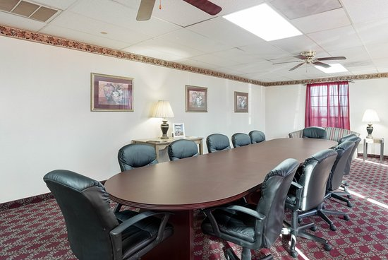 Paragould, AR: Meeting Room